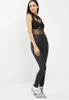 Missguided - Sheer lace high neck bodysuit - black