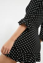 Missguided - Jersey polka dot  tea dress