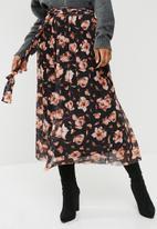 Pieces - Odina mesh midi skirt