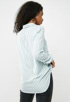 Jacqueline de Yong - Akira shirt
