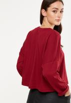 Cotton On - Joanie chop boxy long sleeve - red