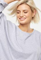 Cotton On - Joanie chop boxy long sleeve