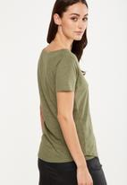Cotton On - The deep v-neck T-shirt - army green