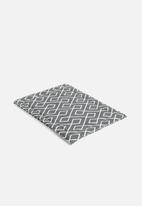 Grey Gardens - Link placemat set of 2