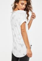 Cotton On - Karly short sleeve v-neck top