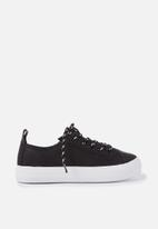 Cotton On - Kids Noah lace up trainers