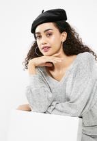 Missguided - Velvet beret