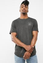 Only & Sons - Sean chest print tee