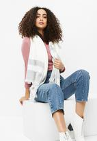 Cotton On - Take me away scarf