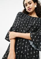 New Look - Lurex stripe smock dress