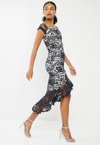 Missguided - Bardot lace fishtail midi dress