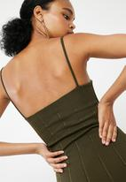 Missguided - Strappy square neck bandage bodycon dress