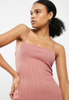 Missguided - Strappy square neck bandage bodycon dress