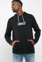 basicthread - Printed pullover hoodie - black