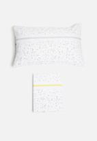 Sixth Floor - Single confetti printed duvet set