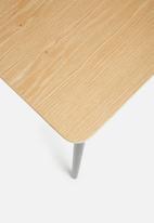 Eleven Past - Manhattan chair - white
