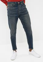 New Look - Vintage slim wash tapered jeans