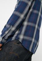 New Look - Bold long sleeve check shirt