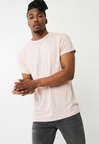 New Look - High roll short sleeve tee