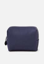 Cotton On - Everyday cosmetic case