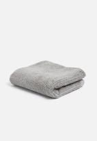 Linen House - Reed bath towel - grey