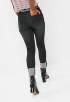 Cotton On - Mid rise grazer skinny jean - black