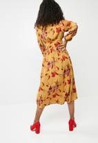 dailyfriday - Sleeve tie midi dress - yellow