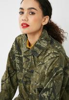 50f47d27b3f39 Hunter camo jacket - green Missguided Jackets | Superbalist.com