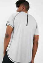 basicthread - Crew neck tee - grey