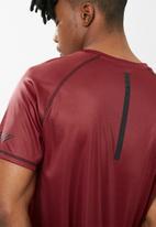 basicthread - Crew neck tee - red