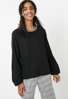 dailyfriday - Sporty rib trim blouse - black