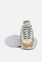Nike - Air Max 95 SE Premium