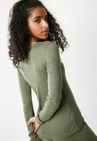 Missguided - Long sleeve ribbed pyjama set - green