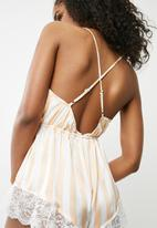 Missguided - Stripe satin lace cross back teddy - peach