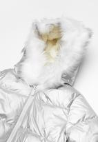 Cotton On - Kids laura puffer jacket - silver