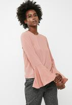 dailyfriday - Blouse with flared sleeve - pink