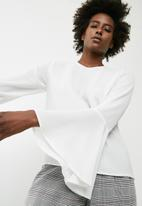 dailyfriday - Blouse with flared sleeve - white