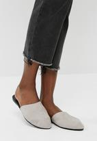 Vero Moda - Lia leather mule - grey