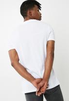 Superbalist - Vee neck tee - white