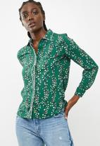 ONLY - Ditte long sleeve shirt - green