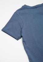 name it - Axos top - blue