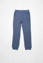 name it - Arikke pant - blue
