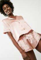 Missguided - Satin bride piped short pyjama set - pink