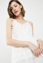 Vero Moda - Ruth dress - white