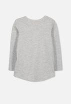 Cotton On - Kids Penelope long sleeve curved hem - grey
