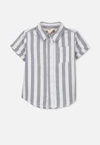 Cotton On - Kids Jackson short sleeve shirt - grey & white