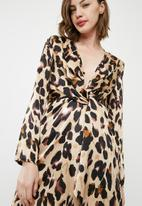 Missguided - Animal print silky plunge wrap shift dress - multi
