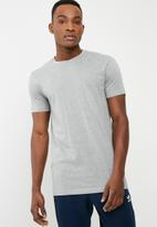 Superbalist - Crew neck tee - grey