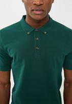 Superbalist - Pique slim fit polo - green
