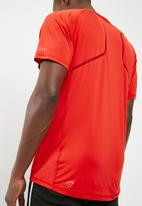 PUMA - Speed short sleeve tee - red